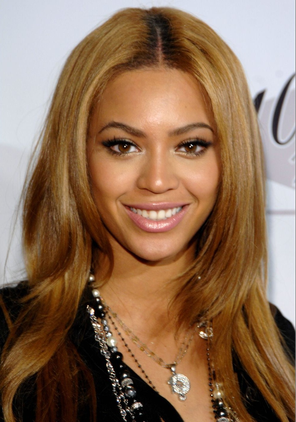 Megatopstars Beyonce Knowles Biography Discography